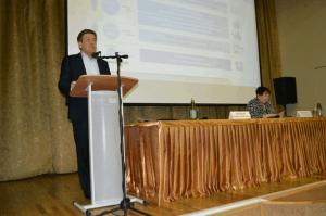 Жители ЮАО смогли задать вопросы руководителю Департамента труда и социальной защиты населения Москвы Владимиру Петросяну