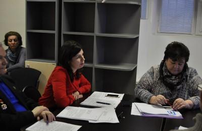 Глава управы Ольга Конюхова представила отчет о своей работе за 2015 год