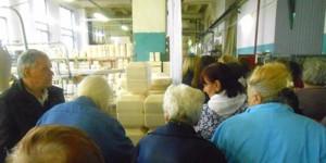 Жители Даниловского района на экскурсии по Фарфоровому заводу