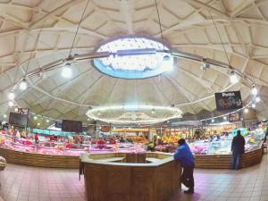 Рыбный отдел на Даниловском рынке в ЮАО