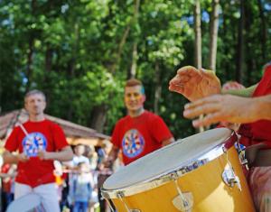 В культурном центре ЗИЛ научат играть на барабанах