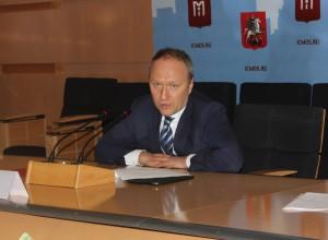 С начала года в эксплуатацию введено более 23 км дорог, 14 искусственных сооружений и 6 пешеходных переходов - Андрей Бочкарев