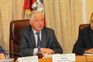 178 представленных кандидатов зарегистрированы от партий, двое выдвигались в индивидуальном порядке - Валентин Горбунов