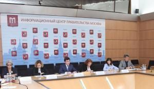 Около 90% московских учеников выбрали школы рядом с домом в новом учебном году
