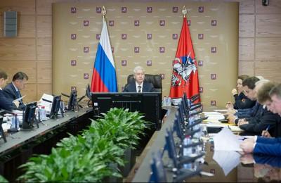 Правительство Москвы поддержало инициативу ЕР о продлении срока действия резидентных разрешений