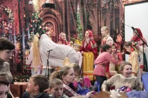 Концертная программа в храме для воспитанников детского дома