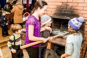 Юные участники кулинарного праздника в храме Живоначальной Троицы в Старых Черемушках