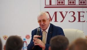 Легендарный хоккеист Борис Михайлов