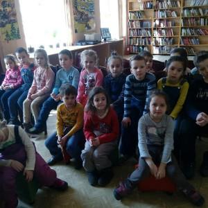 Юные участники мероприятия в библиотеке №163
