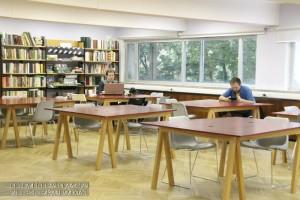 Библиотека в культурном центре ЗИЛ
