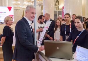 Мэр Москвы Сергей Собянин посетил пресс-центр для журналистов