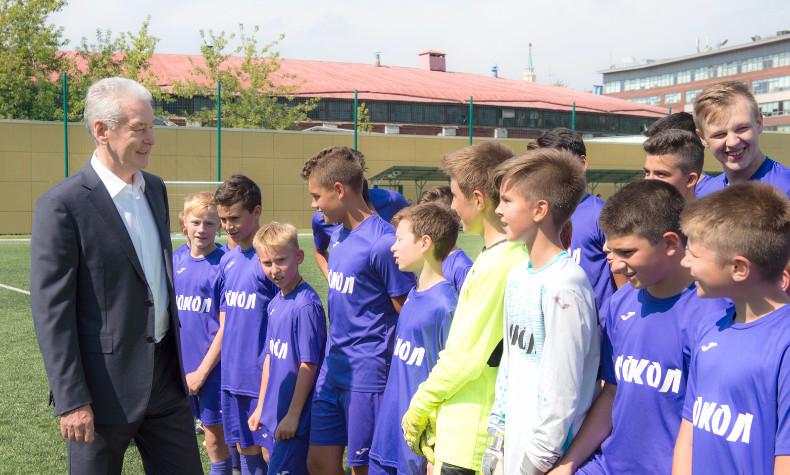 В этом году  в столице России  будет выстроено  5 футбольных полей— Собянин