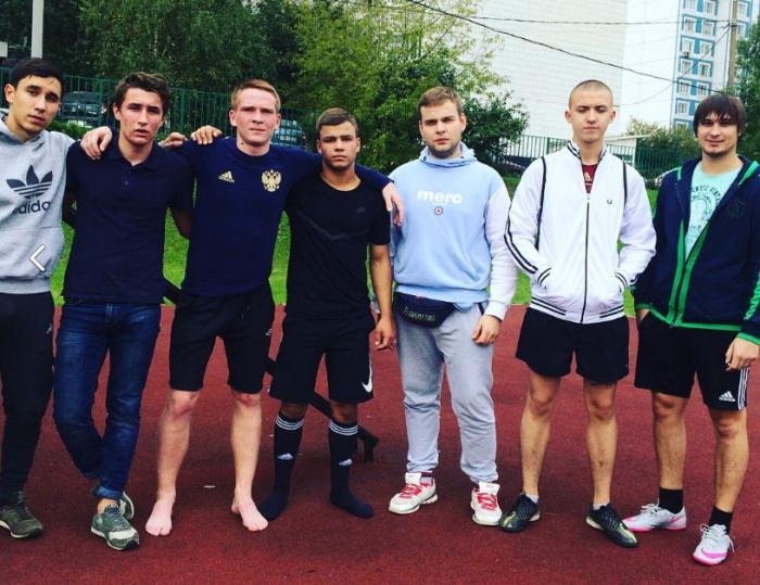 Футбольная команда молодежной палаты Даниловского района