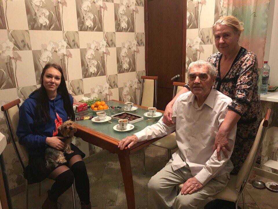 Ветеранов поздравили с наступающим Новым годом