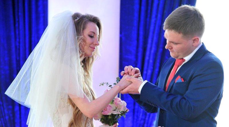 Столичные ЗАГСы приняли более 1000 заявлений на регистрацию брака в мае