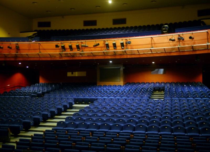 Театриум, Театриум на Серпуховке под руководством Терезы Дуровой, касса, служба бронирования, график работы, билеты