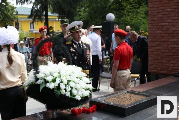 Челышев акция горсть памяти день памяти и скорби