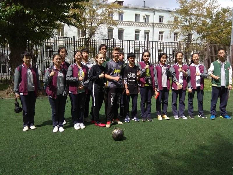 Делегация школьников из Китая посетила Даниловский район