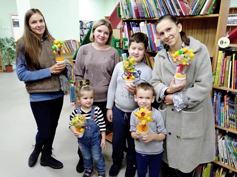 библиотека № 163, Анна Гончарова, Людмила Кирьянова