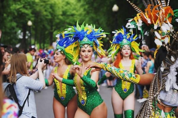 Школа бразильской карнавальной самбы, Алексей Морозов, Бразильский карнавал в Москве 3