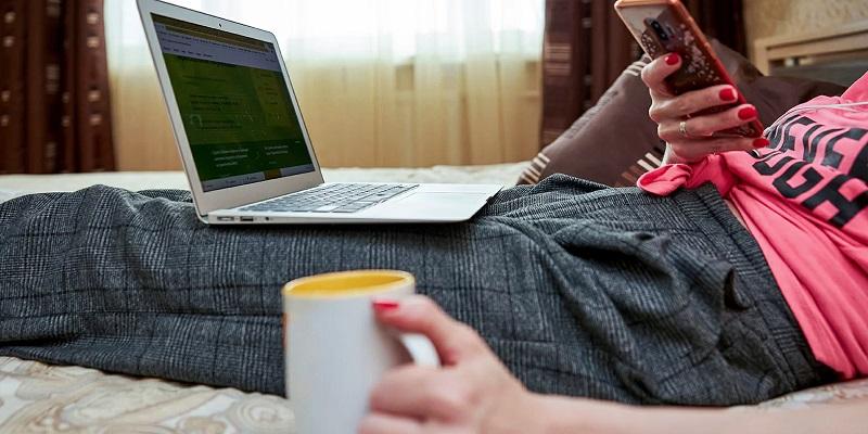 онлайн компьютер смартфон самоизоляция мос ру