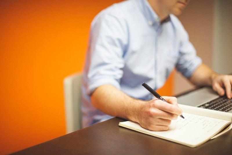 офис бумаги сотрудник работник