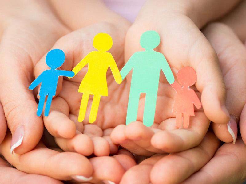 Даниловский-статья- семья мама и папа дети