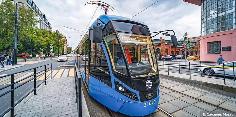 трамвай-общественный-транспорт-мос-ру