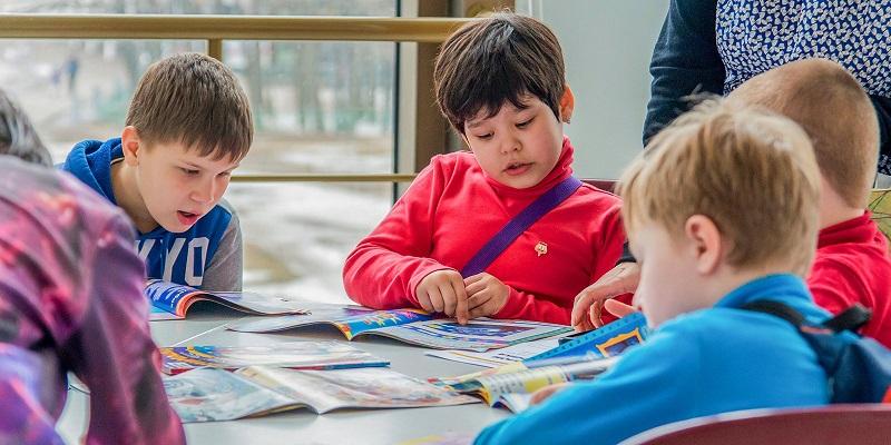 дети-чтение-книги-литература-мос-ру