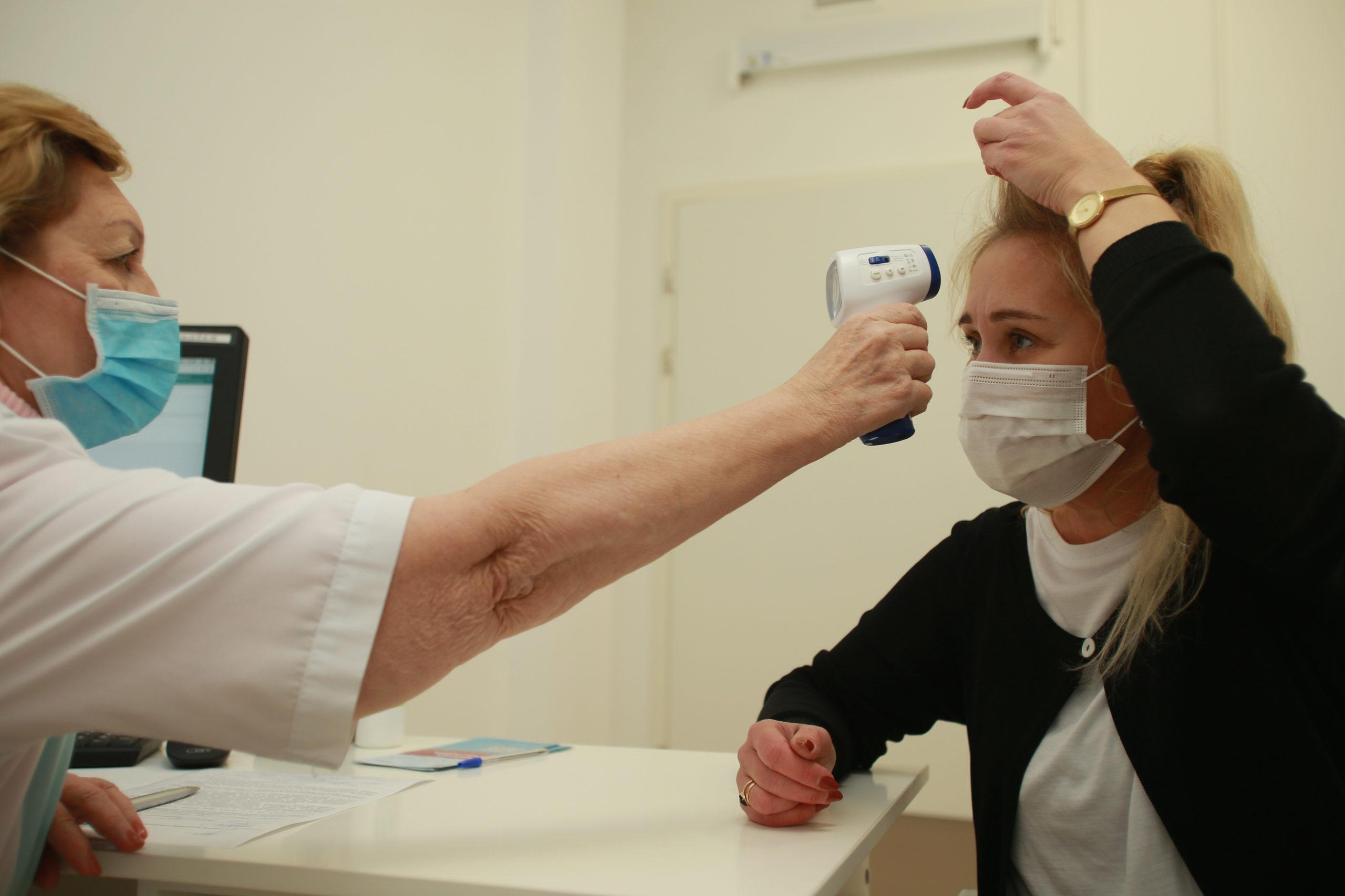 """Список категорий получателей вакцины от коронавируса расширили в Москве. Фото: Наталия Нечаева, """"Вечерняя Москва"""""""